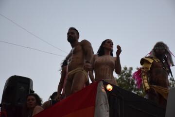 Marcha en València del Orgullo LGTBI+ para celebrar los avances y no dar ni un paso atrás en derechos (260)