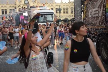 Marcha en València del Orgullo LGTBI+ para celebrar los avances y no dar ni un paso atrás en derechos (265)