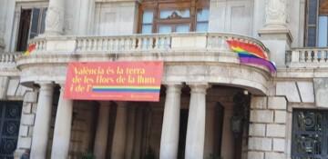 Marcha en València del Orgullo LGTBI+ para celebrar los avances y no dar ni un paso atrás en derechos (298)