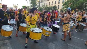 Marcha en València del Orgullo LGTBI+ para celebrar los avances y no dar ni un paso atrás en derechos (318)