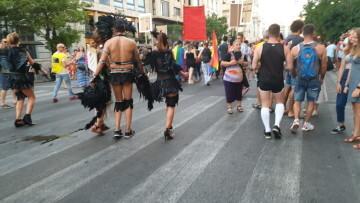 Marcha en València del Orgullo LGTBI+ para celebrar los avances y no dar ni un paso atrás en derechos (324)