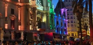 Marcha en València del Orgullo LGTBI+ para celebrar los avances y no dar ni un paso atrás en derechos (335)