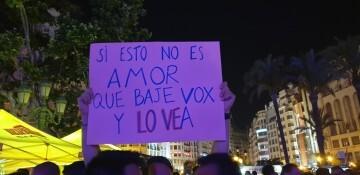 Marcha en València del Orgullo LGTBI+ para celebrar los avances y no dar ni un paso atrás en derechos (362)
