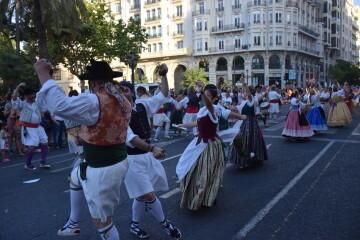 Marcha en València del Orgullo LGTBI+ para celebrar los avances y no dar ni un paso atrás en derechos (367)