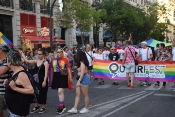 Marcha en València del Orgullo LGTBI+ para celebrar los avances y no dar ni un paso atrás en derechos (40)