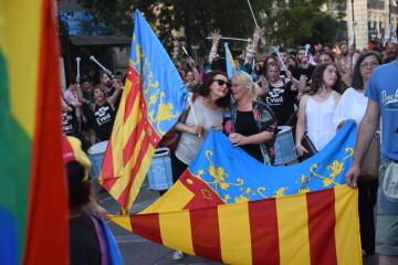 Marcha en València del Orgullo LGTBI+ para celebrar los avances y no dar ni un paso atrás en derechos (52)