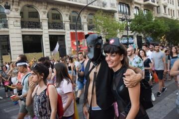 Marcha en València del Orgullo LGTBI+ para celebrar los avances y no dar ni un paso atrás en derechos (58)