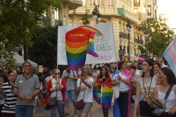Marcha en València del Orgullo LGTBI+ para celebrar los avances y no dar ni un paso atrás en derechos (70)