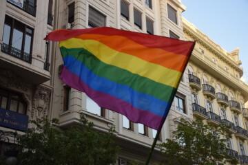 Marcha en València del Orgullo LGTBI+ para celebrar los avances y no dar ni un paso atrás en derechos (85)