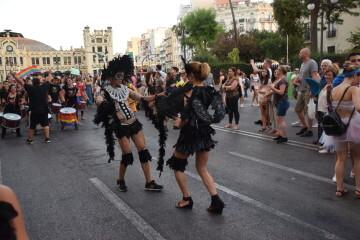 Marcha en València del Orgullo LGTBI+ para celebrar los avances y no dar ni un paso atrás en derechos (98)