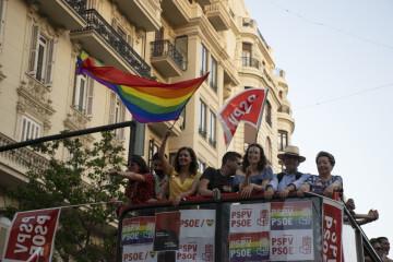 Sandra Gomez marcha del Orgullo LGTBI+ en Valencia_5 (7)