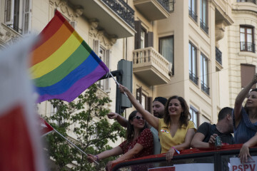 Sandra Gomez marcha del Orgullo LGTBI+ en Valencia_5 (9)