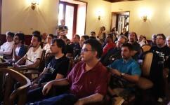 público conferencias