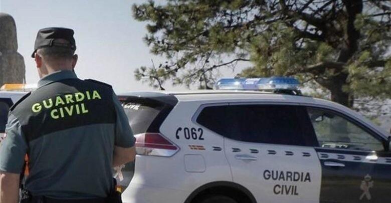 Valencia.- Sucesos.- Detenidos un exconcejal de Alfafar y su mujer por abusos a una menor a la que acogían Agente de la Guardia Civil 9/7/2019