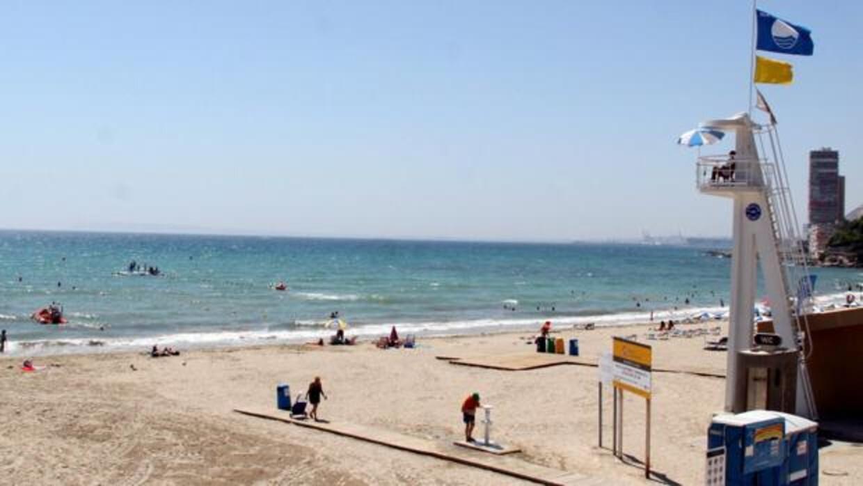 playa-socorristas-ky5C--1240x698@abc