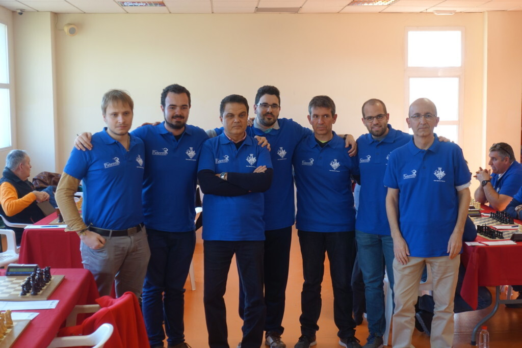Varios integrantes del Club Ajedrez Andreu Paterna que se proclamaron campeones autonómicos