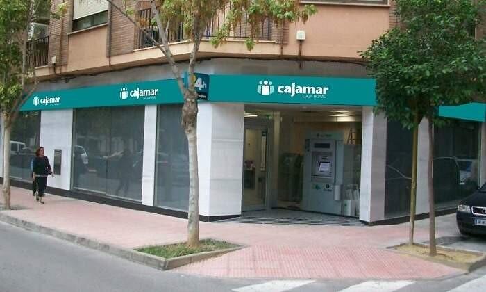 700x420_cajamar-sucursal