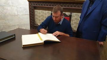 Antonio Aiardi, primer peregrino internacional en recorrer a pie los 518 kms del camino del Santo Grial (48)