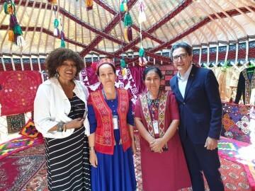 José María Chiquillo, participa en el Primer Festival Internacional de Artesanía que se celebra en la Ciudad de Kokand (7)