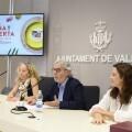 El regidor de Turisme i Internacionalització, Emiliano García, participa en la roda de premsa de presentació de València Cuina Oberta
