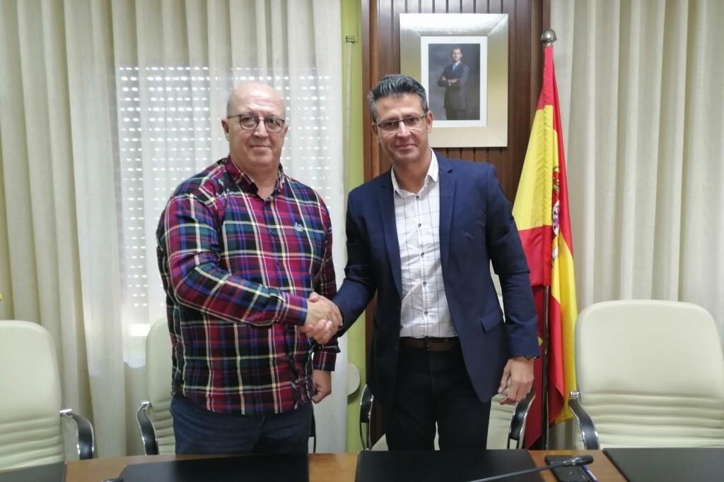 Signatura Conveni FPV-Ajuntament Almussafes