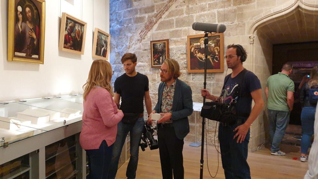 Una productora alemana graba en València del 24 al 26 de octubre un documental sobre el Santo Grial 20191024_103056 (1)