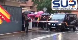 Aplausos, banderas españolas y gritos de ánimo en València para los policías que regresan de Cataluña  Recibimiento de la UIP procedente de Cataluña en el complejo valenciano de Zapadores   10/22/2019