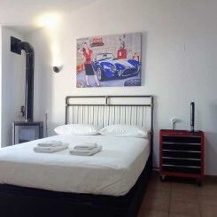Alojamiento en Valencia, una preciosa Suite Industrial