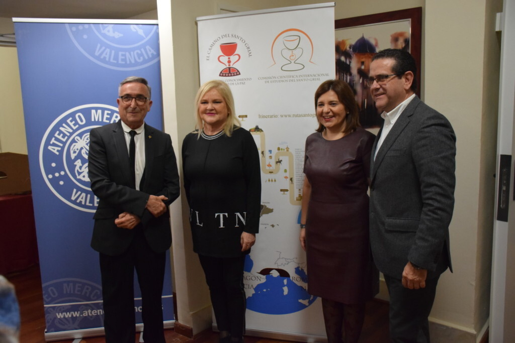 Asistentes Presentación del consorcio europeo del Camino del Santo Grial en el Ateneo de Valencia (30)