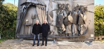 Inauguración de la primera escultura del Camino del Santo Grial en Barracas 20191120_113321 (1)