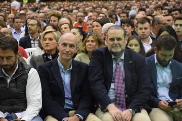 Mitin de Santiago Abascal ahora en Feria Valencia (4)