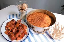 Preparación de un plato típico por parte del cocinero alicantino Jaume Pinet (3)