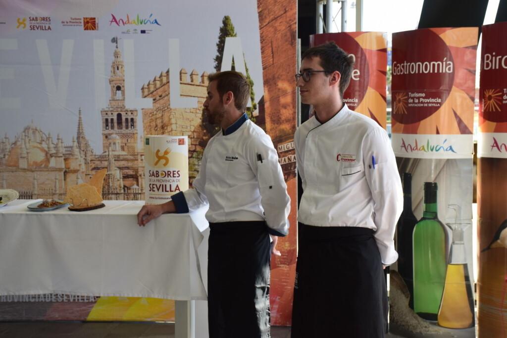 Tradición e Innovación en la oferta gastronómicaSevillana en Valencia conTapea Sevilla 20191126_135931 (35)