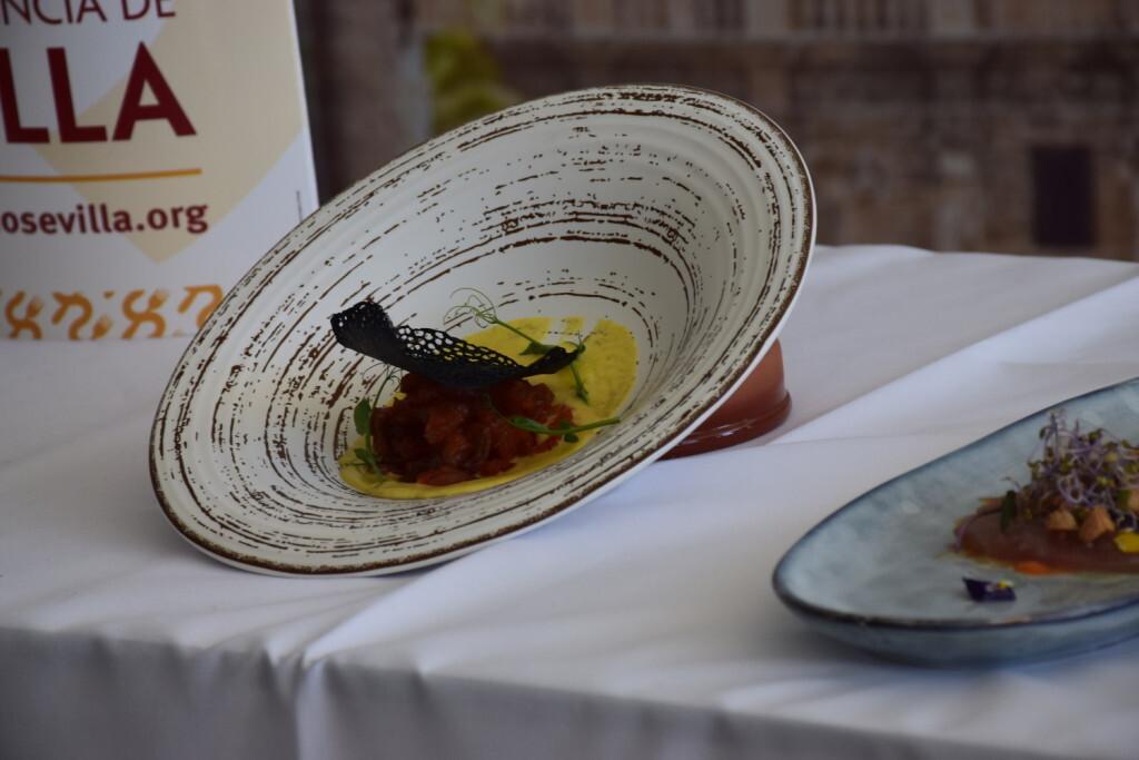 Tradición e Innovación en la oferta gastronómicaSevillana en Valencia conTapea Sevilla 20191126_135931 (37)