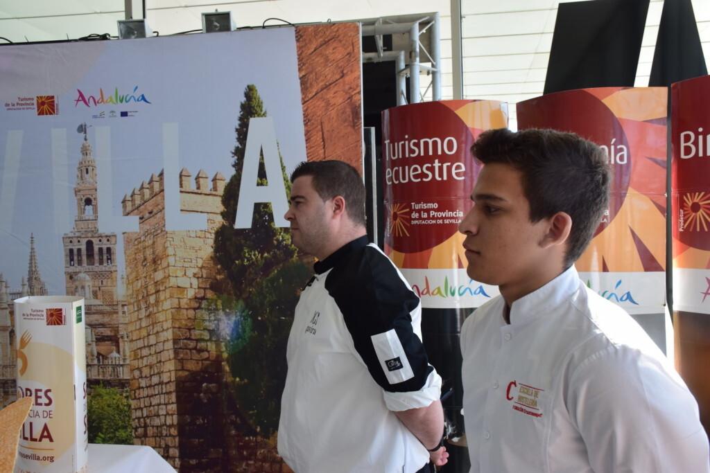 Tradición e Innovación en la oferta gastronómicaSevillana en Valencia conTapea Sevilla 20191126_135931 (41)