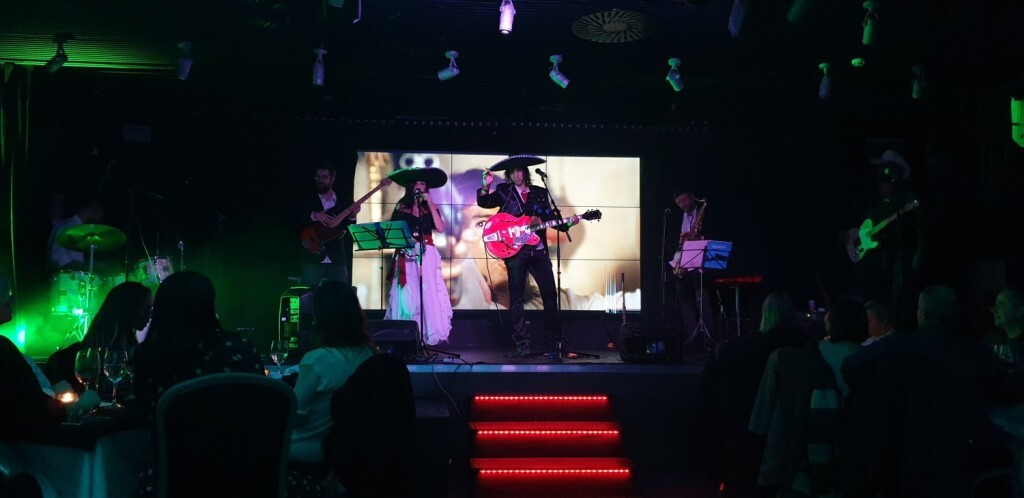 Dinner Show, en Casino Cirsa Valencia Kill Bill Bang Band 20191206_220901 (9)