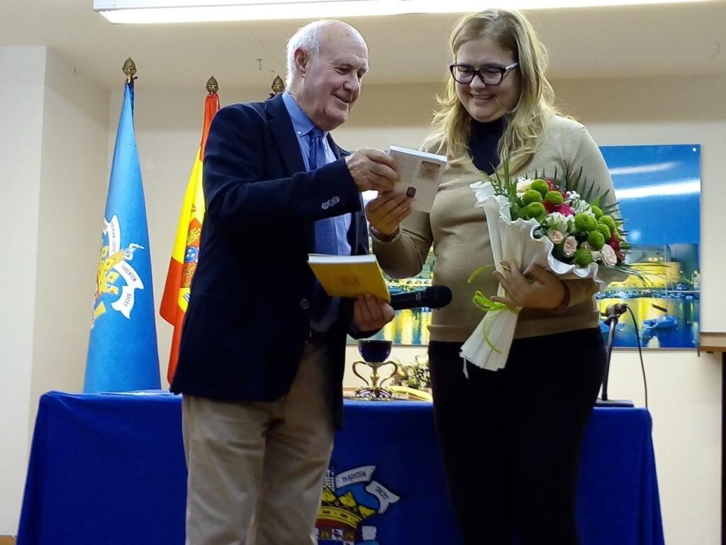 La doctora Ana Mafé en la casa Melilla de Valencia 2019 (3)