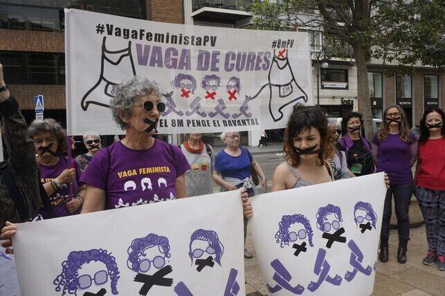 Integrantes-Assemblea-Feminista-Valencia-denuncian_EDIIMA20190521_0310_5