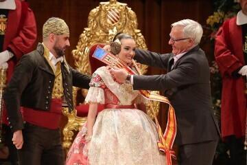 La exaltación de Consuelo Llobell Frasquet Fallera mayor de Valencia en imágenes 2020 (24)