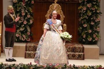 La exaltación de Consuelo Llobell Frasquet Fallera mayor de Valencia en imágenes 2020 (30)