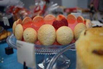 Las alumnas de segundo del Ciclo Medio de Pastelería de Altaviana presentan sus proyectos finales (23)