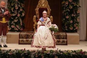 Momentos mágicos de la exaltación de la Fallera Mayor Infantil de Valencia Carla García (13)