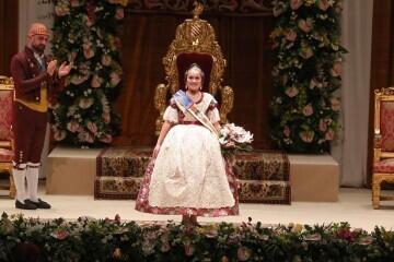 Momentos mágicos de la exaltación de la Fallera Mayor Infantil de Valencia Carla García (15)