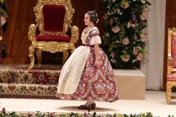 Momentos mágicos de la exaltación de la Fallera Mayor Infantil de Valencia Carla García (16)