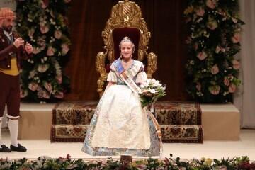 Momentos mágicos de la exaltación de la Fallera Mayor Infantil de Valencia Carla García (17)