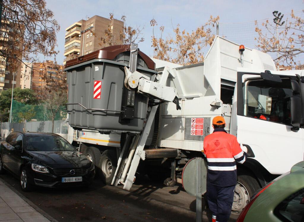 140320 Servei recollida residus urbans