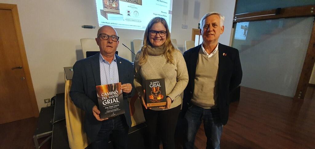 La Dra. Ana Mafé presenta su libro en Daroca 20200306_180305 (2)