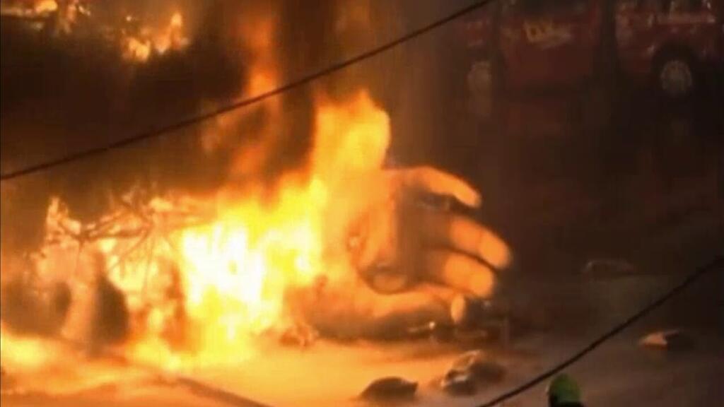 Cremá de la falla del Ayuntamiento 2020, arde la falla municipal de Valencia