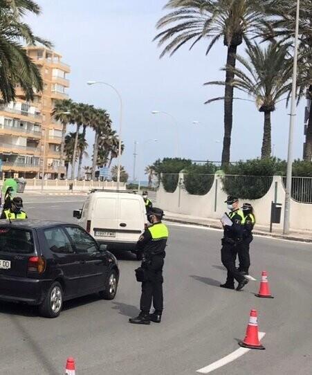 La Policía Local de Alicante registra 371 sanciones por incumplir el estado de alarma esta semana