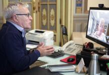 VALENCIA  2020-05-12 L'alcalde de València, Joan Ribó, es reunix per videoconferència amb la consellera de Sanitat Universal i Salut Pública, Ana Barceló.